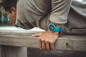 suunto_spartan_trainer_whr_blue_product_on_wrist_push-01